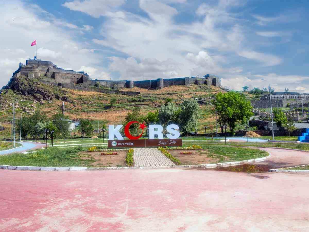 Turistik Doğu Ekspresi ile Kars Erzurum Turu (Uçak Gidiş Tren Dönüş)